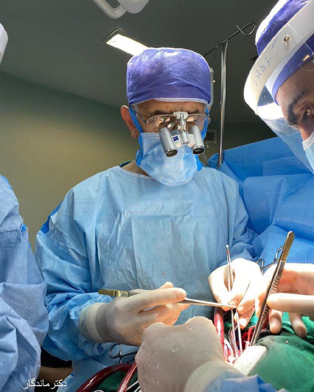 عمل جراحی کرونری بای پاس در یک بیمار دیابتی پیوند ۵ رگ کرونر
